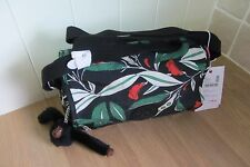 Kipling Delphin N Shoulder Bag In Latin Flower Print ~ New ~ FREE P&P