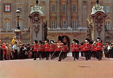 BR89773 london the queen s guards parade mlitary militaria  uk