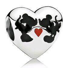 Charm corazon minnie y mickey enamorados disney