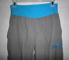 ZUMBA WEAR GRAY WITH TURQUOISE ACCENTS  NYLON  ORBIT CARGO  DANCE PANTS LARGE