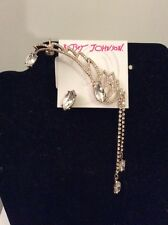 $55 Betsey Johnson Heaven Sent Gold Tone Angel Wing Crawler & Stud Earring #S 8
