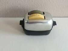 VINTAGE MINIATURE TOASTER BREAD SLICES SALT & PEPPER SHAKER SET