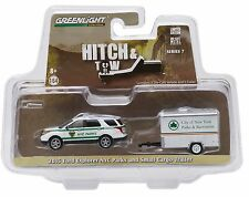 1:64 GreenLight *HITCH & TOW 7* NYC Parks FORD Explorer w/ENCLOSED CARGO TRAILER