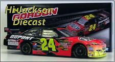 JEFF GORDON 2009 #24 DUPONT NASCAR DIECAST RACE CAR 1/24