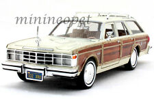 MOTORMAX 73331 1979 79 CHRYSLER LEBARON TOWN AND COUNTRY 1/24 WOODY BEIGE