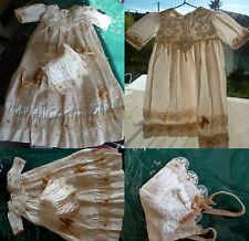 Belle robe longue de style plastron dentelle pour poupée JUMEAU ou autre