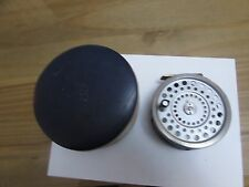 V good vintage original hardy marquis no. 2 salmon fly fishing reel ..+ case. ``