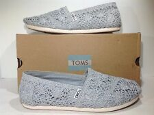 Toms Women's Size 8.5 Classic Silver Crochet Metallic Flats Slip On Shoes ZE-735