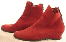 ARCHE red nubuck ankle boot size 38