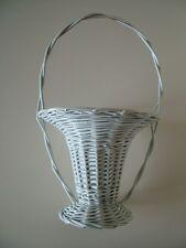 DDR Korb Blumenkorb dekorativ Farbe weiß