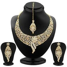 Sukkhi Sleek Gold plated AD Stone Necklace Sets(2103NADM2150)