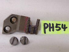 PFAFF 92 SEWING MACHINE REPLACEMENT PART DOG FEED & SCREWS