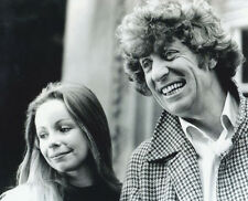 Tom Baker and Lalla Ward UNSIGNED photo - H129 - Doctor Who