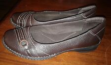 Women's Clarks Bendables Brown Leather Slip On Flats Loafers Shoes Size 8W