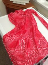 sarong with tie sides red and white