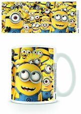 DESPICABLE ME MANY MINIONS GIFT BOXED MUG NEW 100 % OFFICIAL MERCHANDISE
