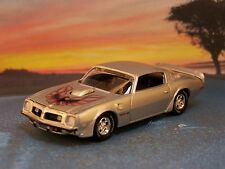 1975 75 PONTIAC FIREBIRD TRANS AM COLLECTIBLE 1/64 SCALE MODEL DIORAMA - DISPLAY