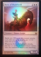 Héroïne de Fortcoutel PREMIUM / FOIL VO - English Hero of Bladehold - Mtg Magic