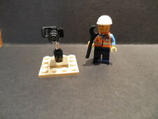 Lego Space Mechanic and Camera from 60077