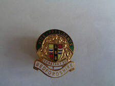 BEDFORDSHIRE VICE-PRESIDENTS ENAMEL LAPEL BADGE-- CONSTANT BE stamped MILLER