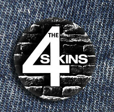2 x the 4 Skins foreskins Button Oi Music classic Steetpunk Skinhead England