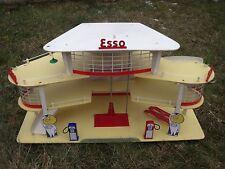 EXTRAORDINAIRE  GARAGE  STATION  ESSO  DEPREUX  1961  ETAT  RARE  ET  UNIQUE