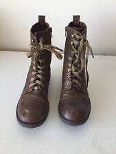 Ladies size 7.5 lace up side zipper brown ankle shoe boots