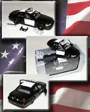 1:43 WELLY BLANK CUSTOM FORD CROWN VICTORIA POLICE DIECAST W/DISPLAY CASE NIB