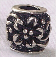 Nickel Free Black Flower Metal Spacer Bead for Silver European Charm Bracelets