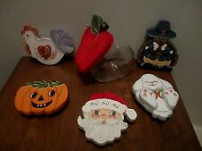 GLASS CANDY JAR/CONTAINER WITH 6 DIFFERENT WOOD HOLIDAY/SEASONAL LIDS