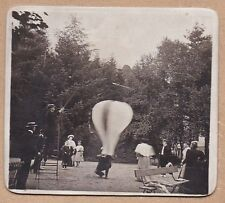 vintage snapshot photo man lauching hot air ballon montgolfière balon ca 1910