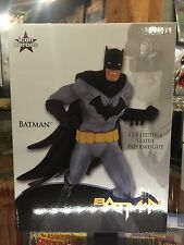ICON HEROES BATMAN STATUE PAPERWEIGHT NICE PIECE IN STOCK