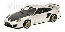 1:18 Minichamps PORSCHE 911 (997 II) GT2 RS 2011 WHITE 2100