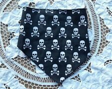 Dog scarf size XS/S black with multiple skull and crossbones print