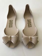 Women's SALVATORE FERRAGAMO Barbados BEIGE Jelly Shoes Bow Flats Sz 7 PEEP TOES!