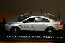 1/43 Custom First Response Police ILLINOIS State Police