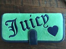 JUICY COUTURE Green Blue Terry Travel Make Up Cosmetics Case Bag