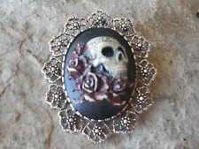 SKULL AND ROSES CAMEO (HAND PAINTED,  BURGUNDY) - BROOCH / PIN / PENDANT - GOTH