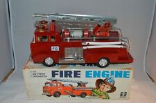 Bandai #4155 Ford tinplate Fire Engine with box all original with sirene Japan