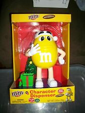 2016 M&M'S YELLOW CHARACTER MUSICAL CHRISTMAS CANDY DISPENSER
