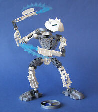 LEGO 8741 Bionicle Metru Nui Toa Hordika Nuju With Rhotuka Spinners (Pre-Owned):