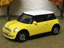 Ertl Collectibles, Tomy, 1/57 SCALE Mini Cooper 2004