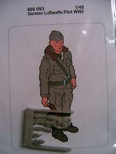 AIRES @@ German Luftwaffe pilot WWII (1 figure) Resin @@ 1/48