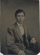 TINTYPE PORTRAIT OF YOUNG WELL-DRESSED MAN W/ TINTED CHEEKS -EXTREMELY SHARP