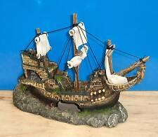 Galleon with Sails Shipwreck Ornament Aquarium Fish Tank Decoration New