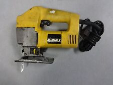 DeWALT DW318 VS Orbital Jig Saw