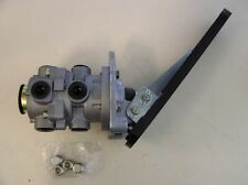 FOOT BRAKE VALVE -  FOR NISSAN UD CPB 14