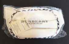 Burberry Fragrances Marfil caso de vanidad Maquillaje artículos de tocador bolsa de lavado - (VWB08)