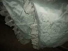 J.C. PENNEY COTTAGE LACE GREEN IVORY SILKY (PAIR) KING PILLOW SHAMS 20 X 36