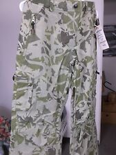 Pulse New Wave Camo Ski & Snowboard Pants, XL Adult, lots of pockets & features